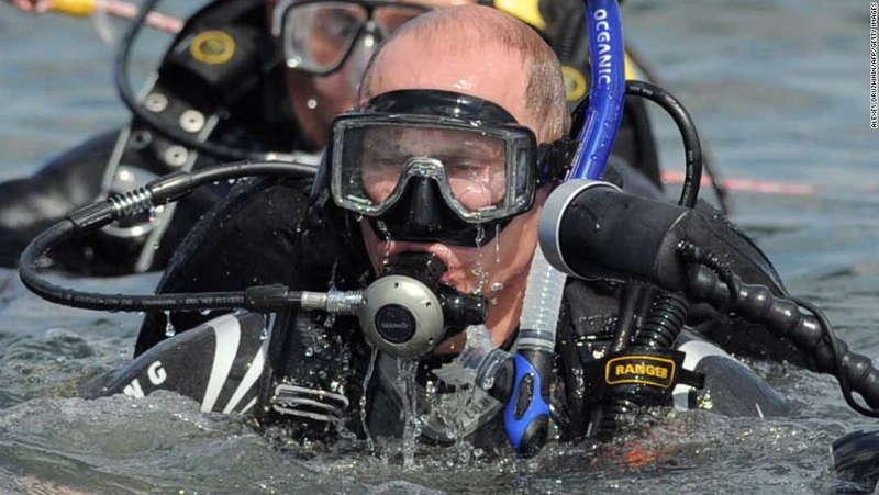 Putin Scuba