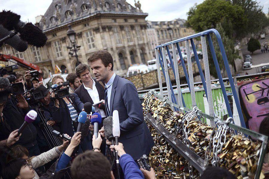 paris love locks deputy mayor