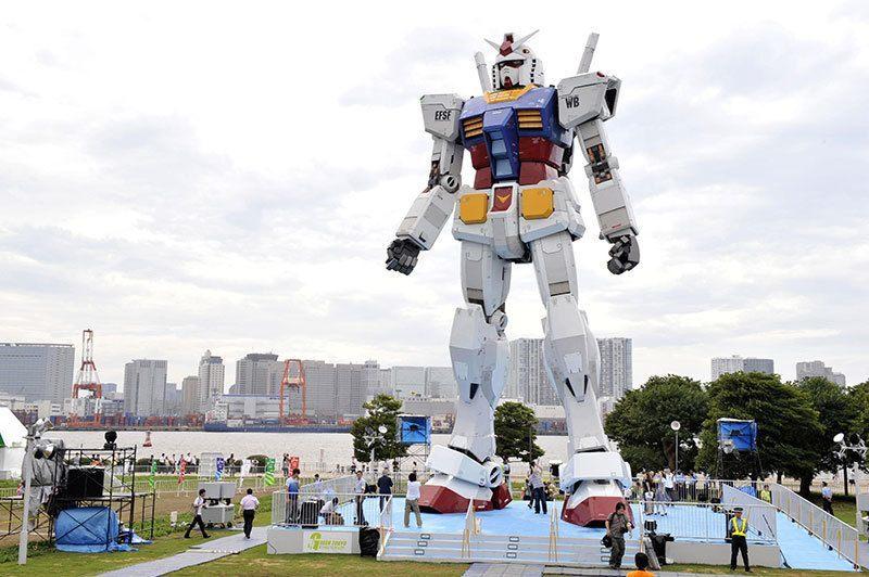 Japanese Robot Public Art