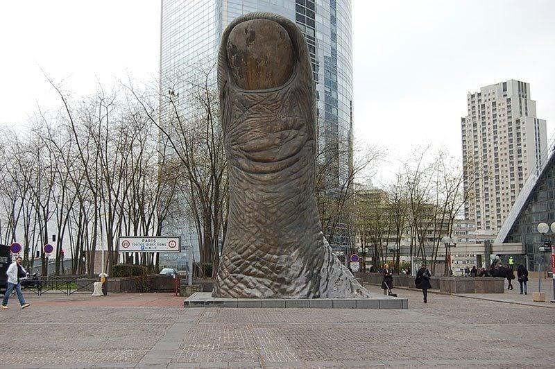 The Thumb Public Art in Paris