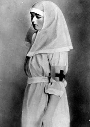 Olga Nurse 1915