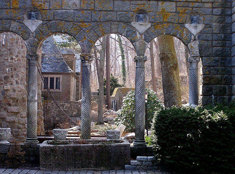 American Castles Hammond Courtyard