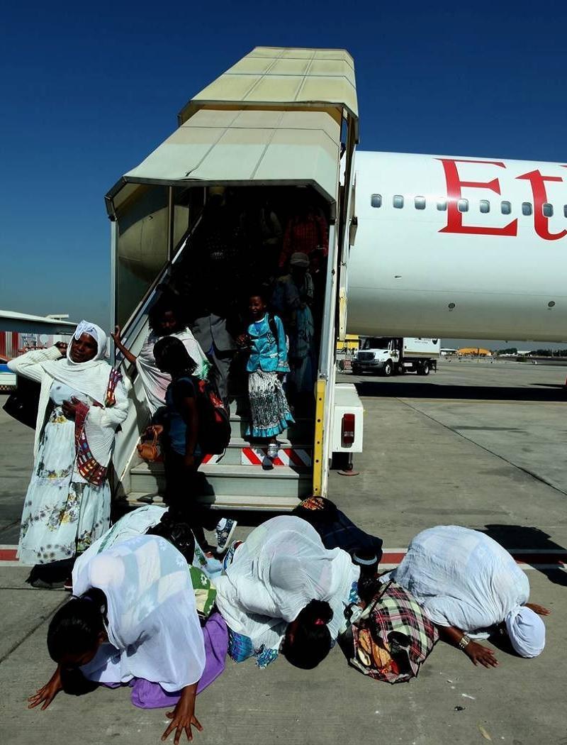 Refugees Arriving
