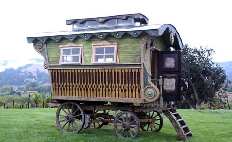 Gypsies Square Wagon