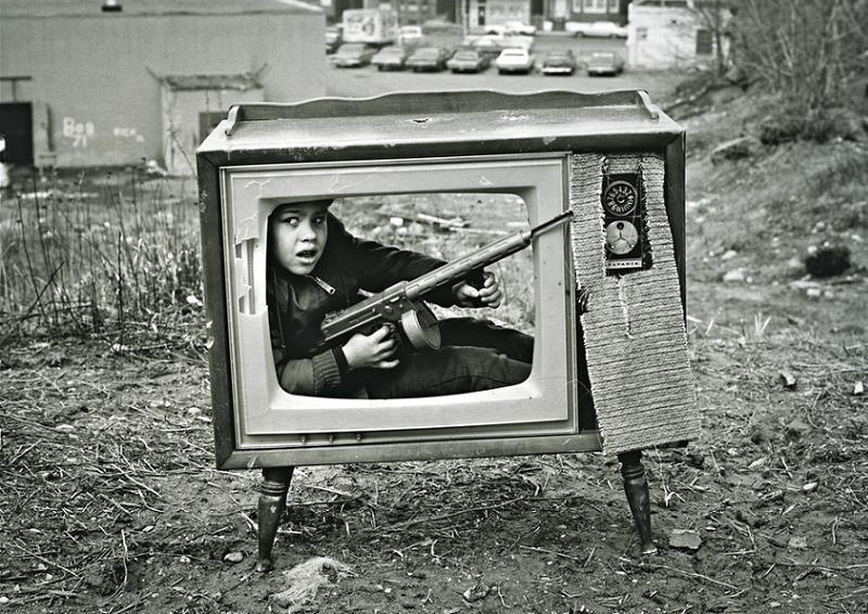 Surreal TV Boy Gun