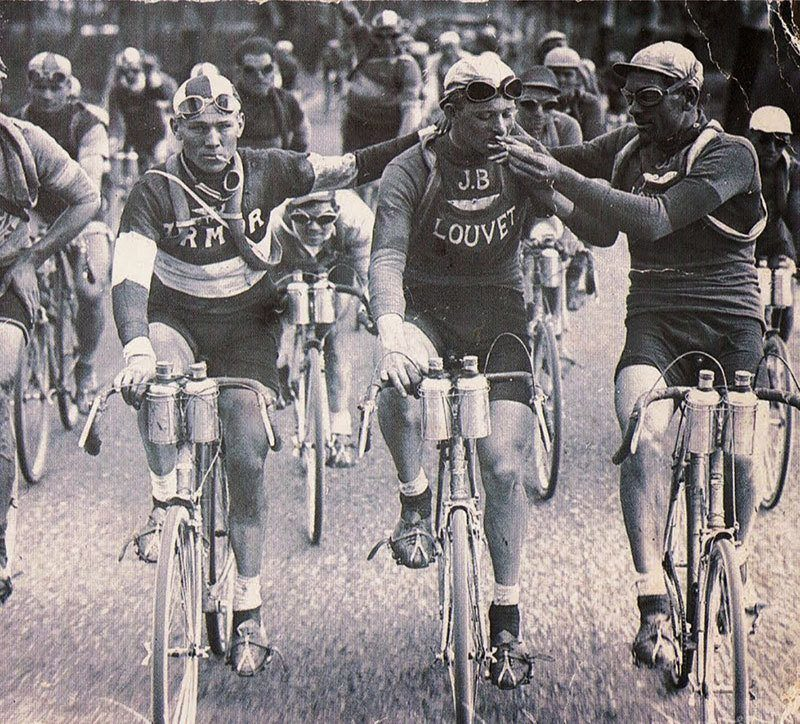Smoking At The Tour De France