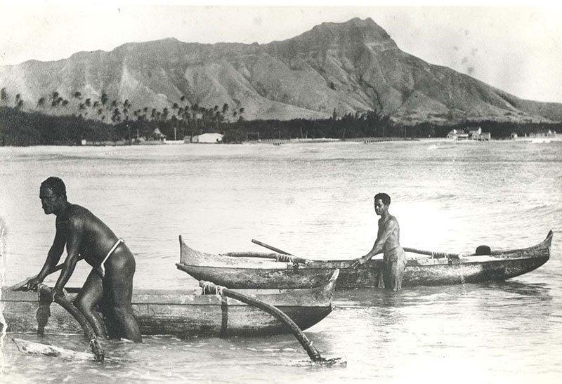 History Hawaii Outtrigger Canoes Waikiki