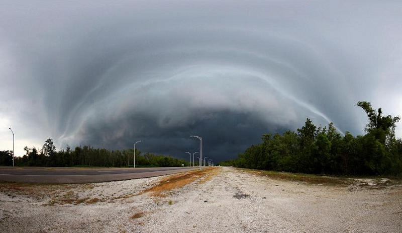 Hurricane Katrina From Westbank
