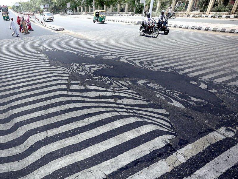 Summer Weather 2015 India Heat Wave Melting Roads