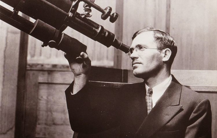 Clyde Tombaugh Eye Telescope
