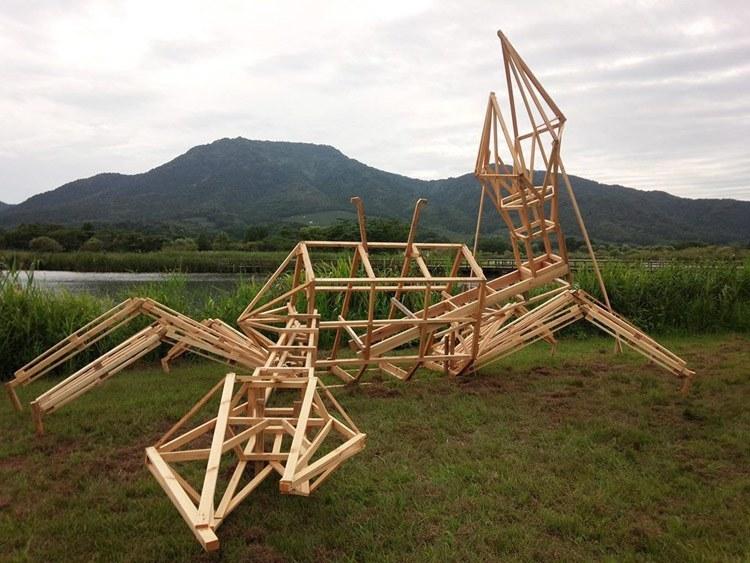 Японский соломы Скульптуры Crabframe