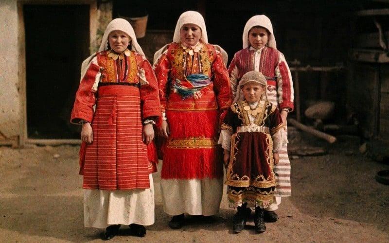 Autochrome Women Macedonia Smilevo