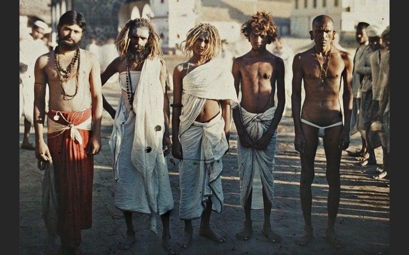 Men In Bombay
