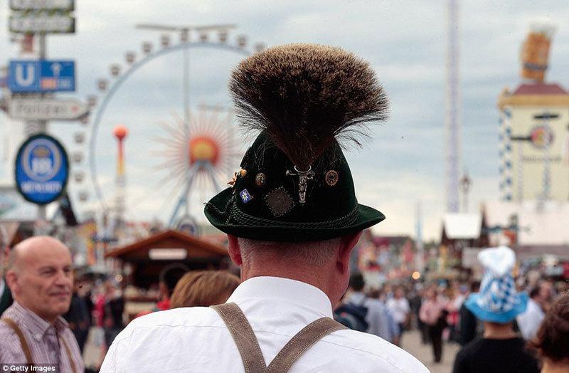 Oktoberfest Bavarian Folk