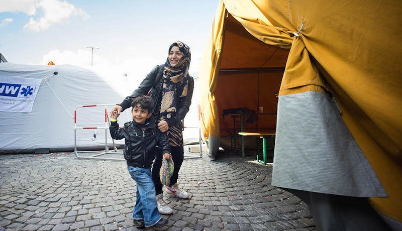 Syrian Refugees Arrive Happy