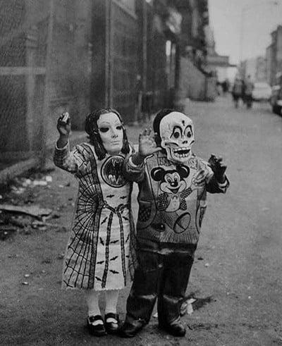 Creep Halloween Costumes Arms Up