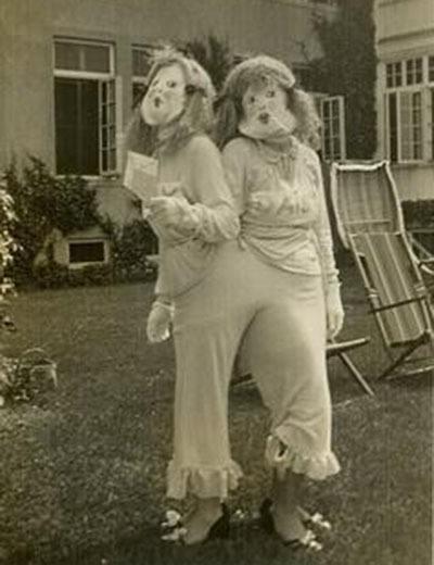 Creepy Vintage Halloween Costumes Twins