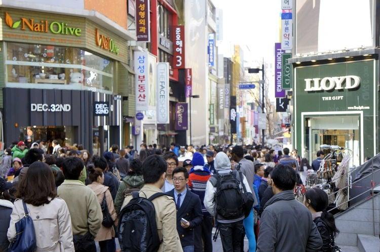 Downtown China Crowd
