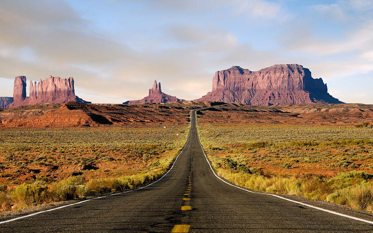 Monument Valley Best Road Trips