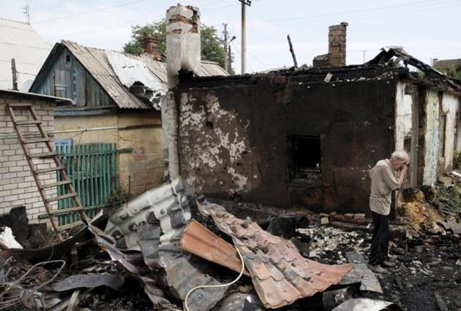 Shelling Damage Crying Man Donetsk