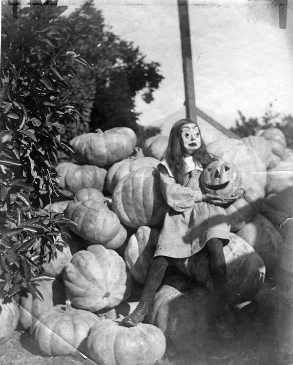 Vintage Girl Halloween Mask