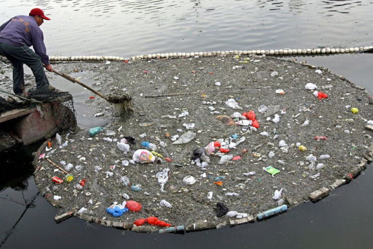 Water Littering In China