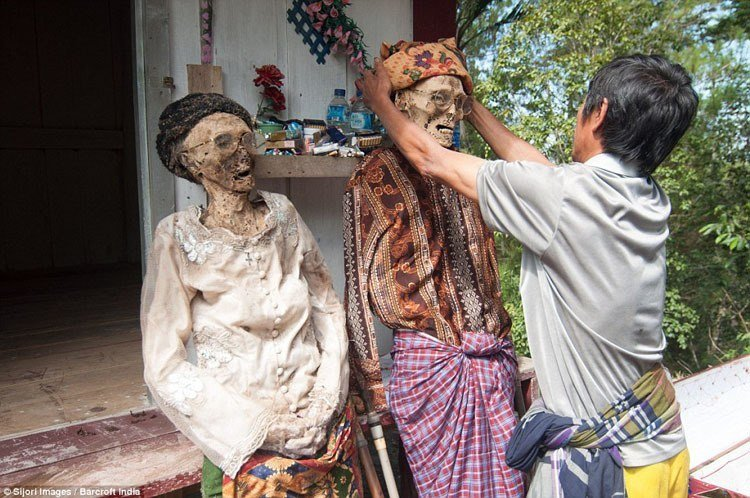 Weird Death Rituals Around The World