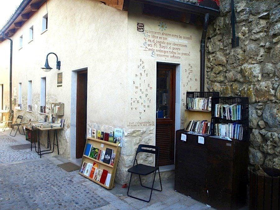 Urueña Village