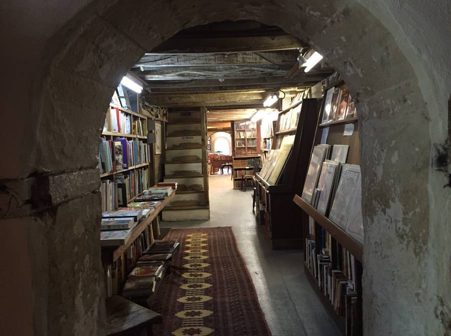Coolest Bookstores Book Barn Archway