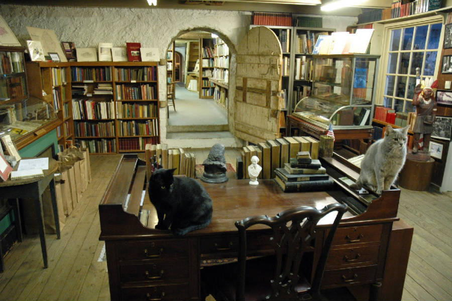Coolest Bookstores Book Barn Desk