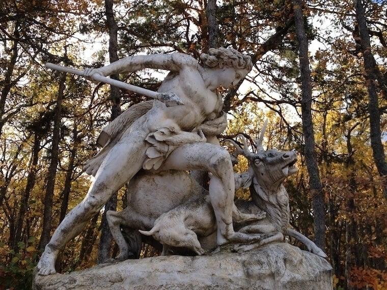 Fall Granja Statue Deer