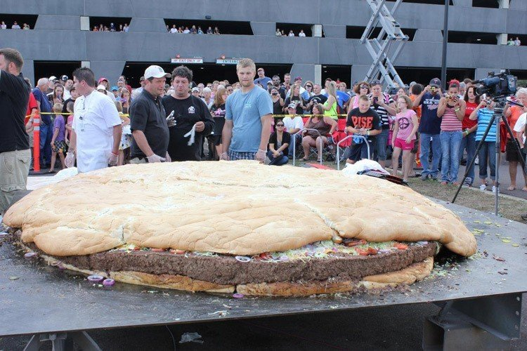 Food Waste 2000 Lb Burger