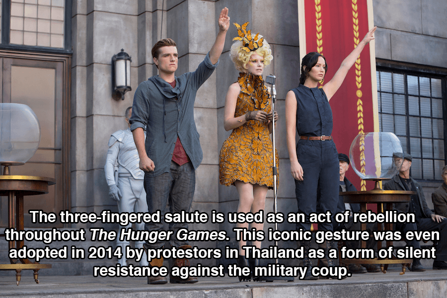 Hunger Games Salute