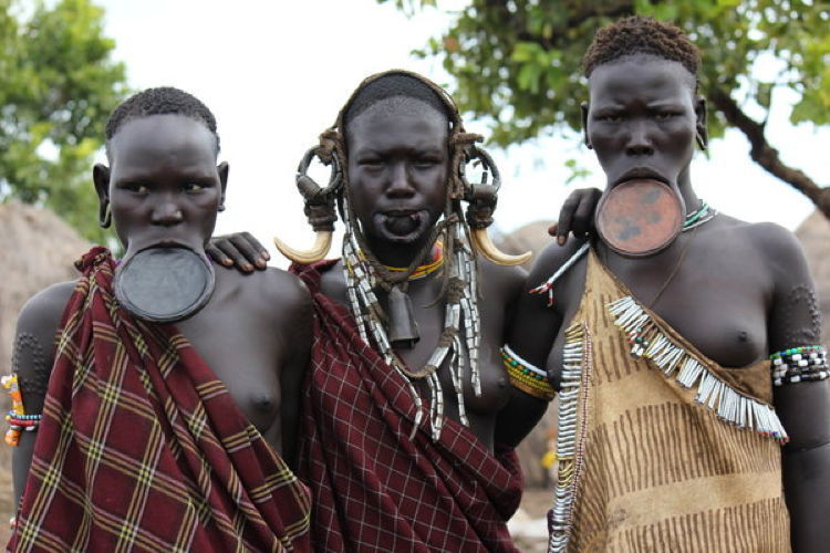 Mursi Women Body Modification