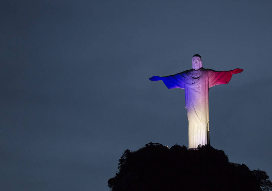 Rio De Janeiro Paris Lights