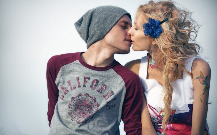 Trendy Couple Kissing Why We Kiss