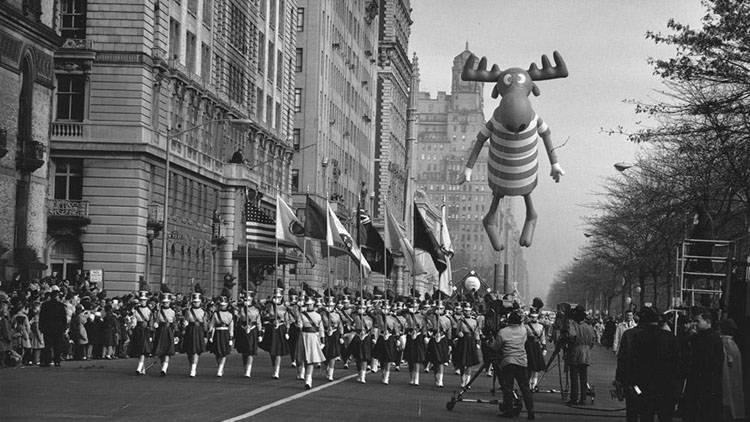 Vintage Macys Thanksgiving Day Parade Photos Bullwinkle