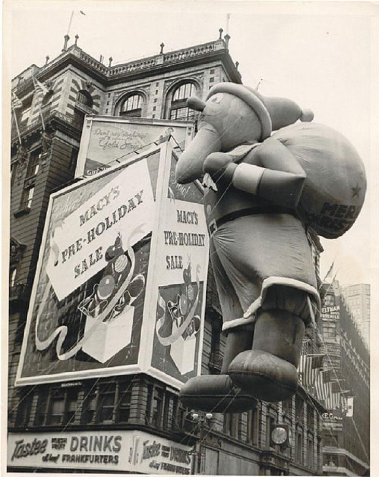 Vintage Macys Thanksgiving Day Parade Photos Santa