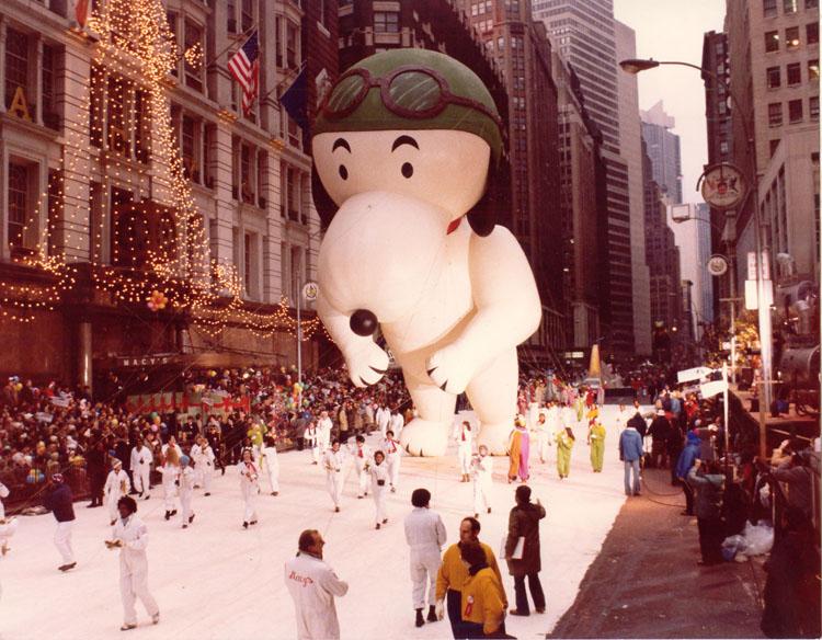 Vintage Macys Thanksgiving Day Parade Photos Snoopy