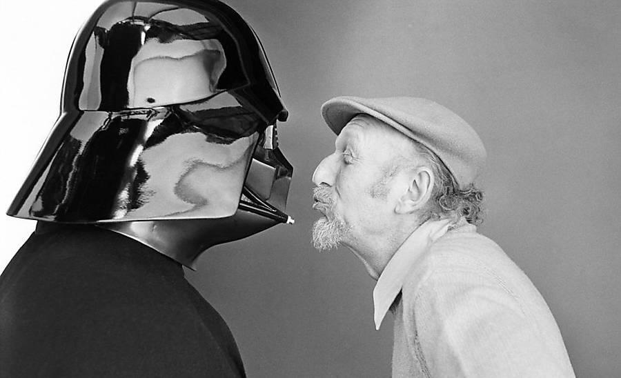 Kissing Vader
