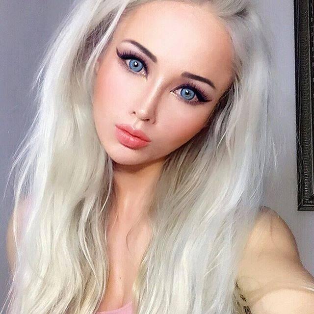 Barbie Blue Eyes