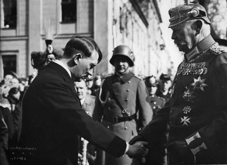 Hitler Paul Von Hindenburg