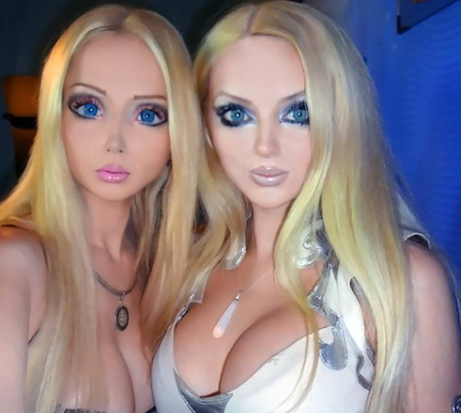 Human Barbies Blonde