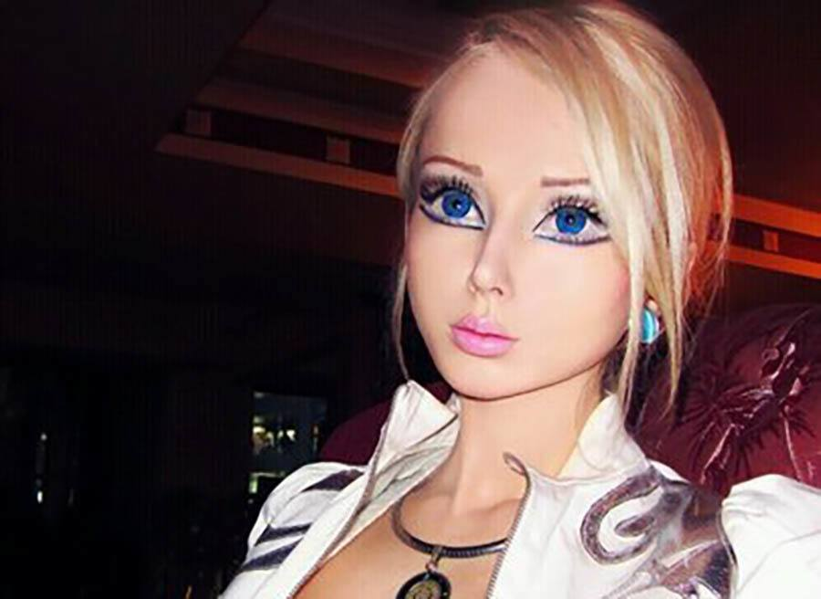 real life barbie and ken eyes