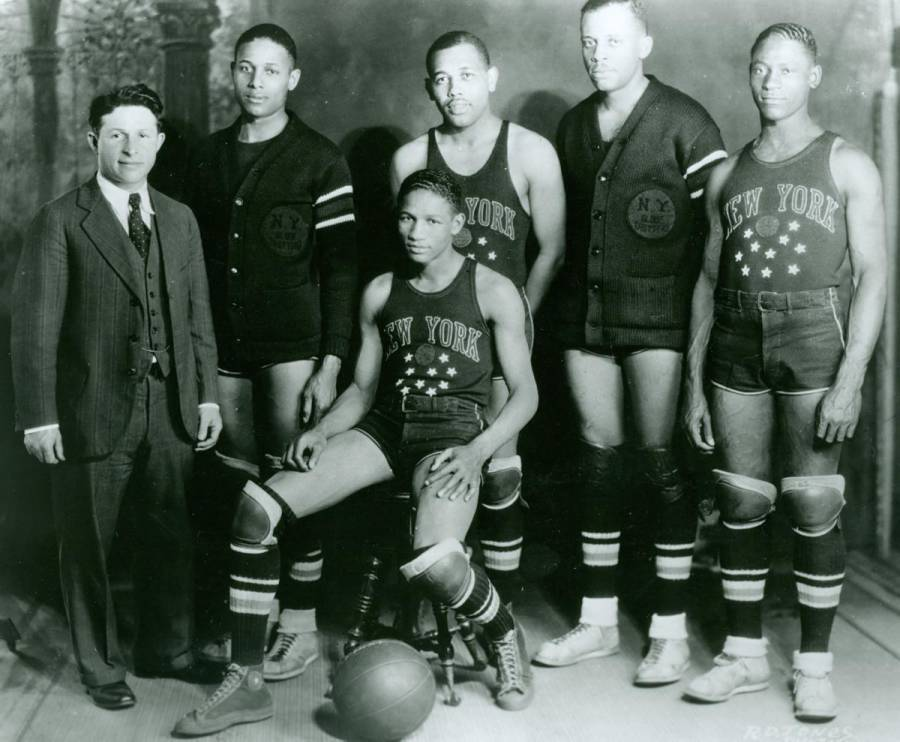 Original Harlem Globetrotters Team