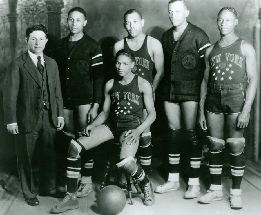 Original Harlem Globetrotters Team