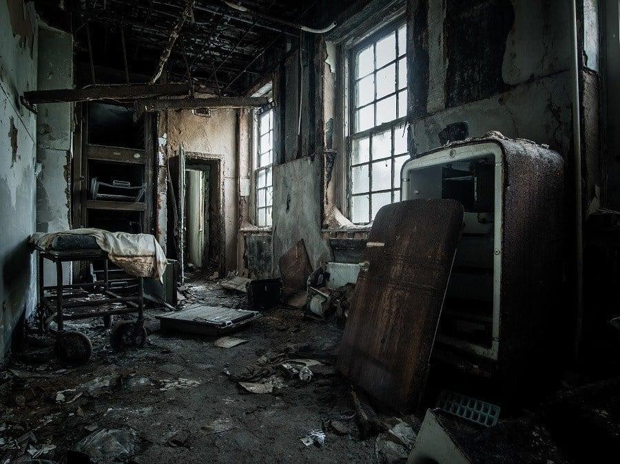 Photographer Johnny Joo Shows A Post-Apocalypse World