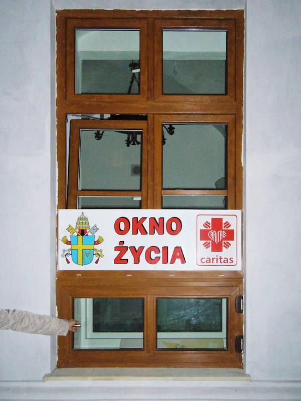 Poland Baby Box