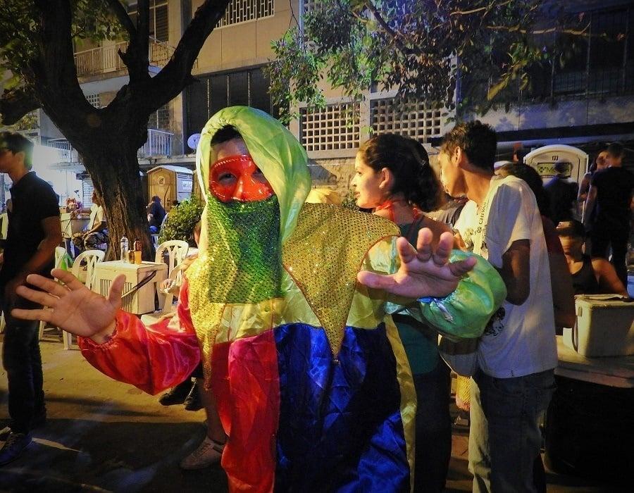 Monocuco Costume