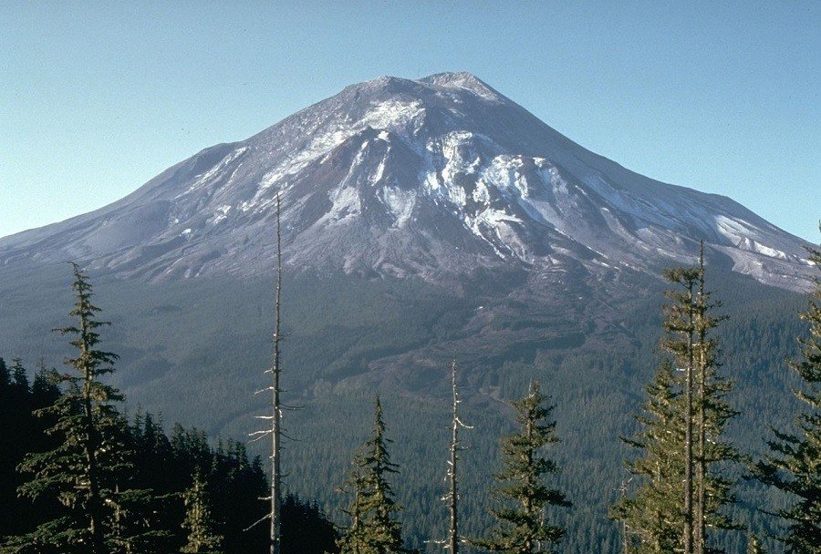 Before Mount St. Helens Eruption